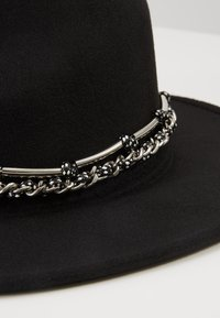 Uncommon Souls - FEDORA - Hat - black - 6