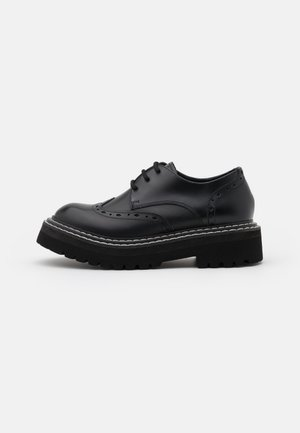 PATROL II BROGUE LACE SHOE - Lace-ups - black