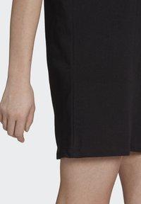 adidas Originals - ORIGINALS ADICOLOR DRESS - Jerseykjoler - black - 4