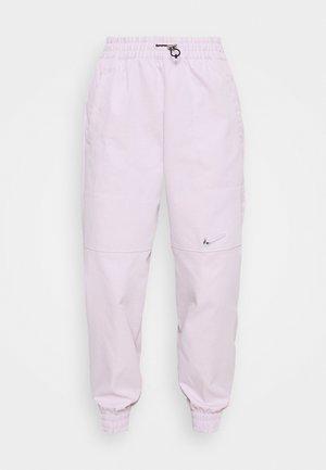 PANT - Teplákové kalhoty - iced lilac