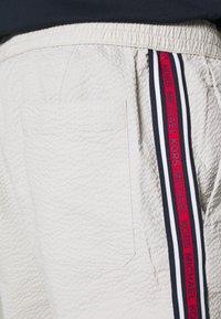 Michael Kors - MODERN SEERSUCKER - Shorts - opal - 5