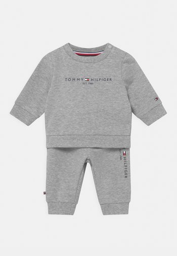 BABY ESSENTIAL CREWSUIT SET UNISEX - Tracksuit - grey