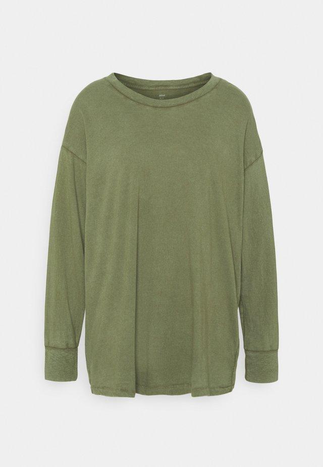 T-shirt à manches longues - olive fun