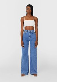 Stradivarius - Flared jeans - blue - 1
