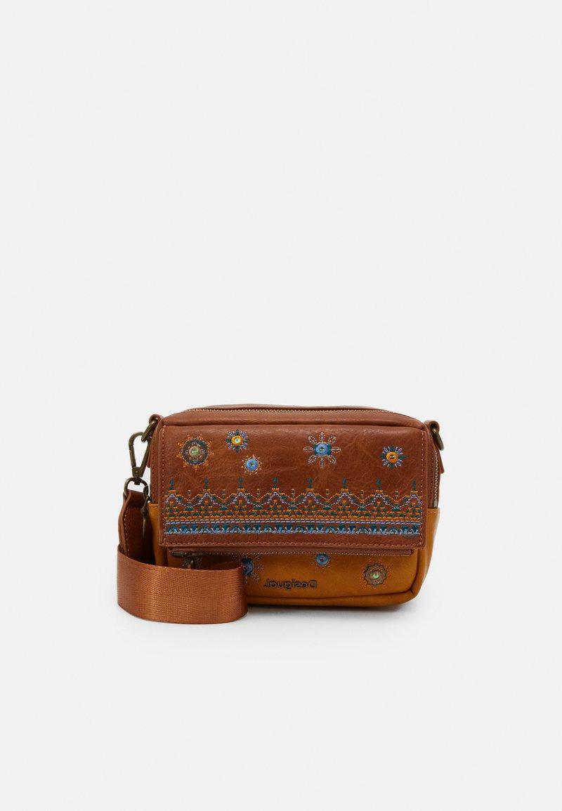 Desigual - BOLS LULULOVE CHELSEA - Handbag - brown