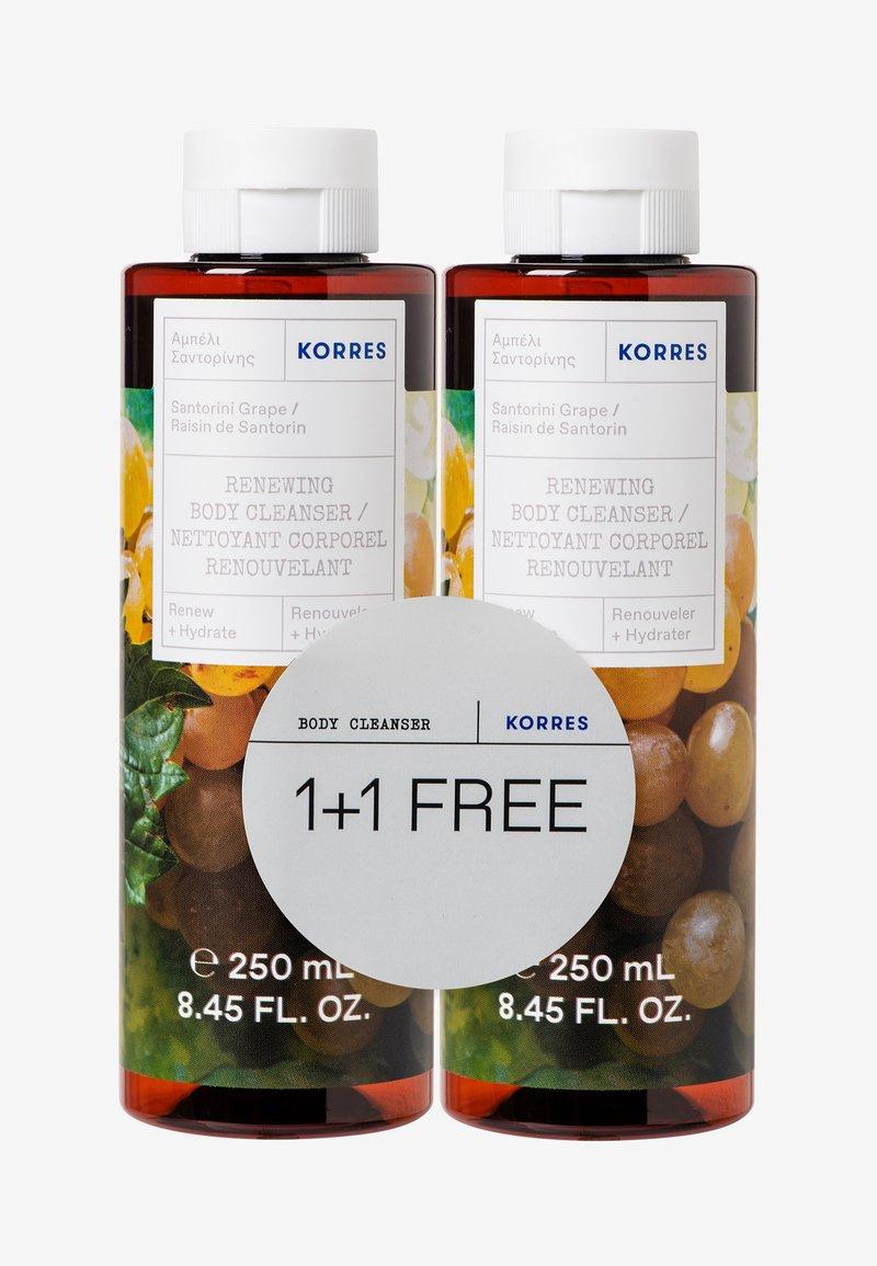 Korres - SANTORINI VINE 1+1 SHOWER GEL SET - Bath and body set - -