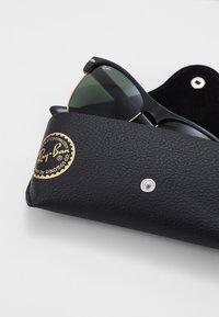 Ray-Ban - CLUBMASTER  - Okulary przeciwsłoneczne - demi shiny black/arista - 2