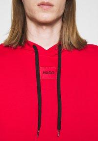 HUGO - DARATSCHI - Hoodie - red - 5