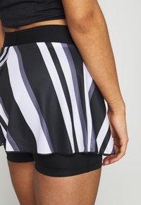 Nike Performance - FLOUNCY SKIRT PRINTED - Spódnica sportowa - black/white - 3