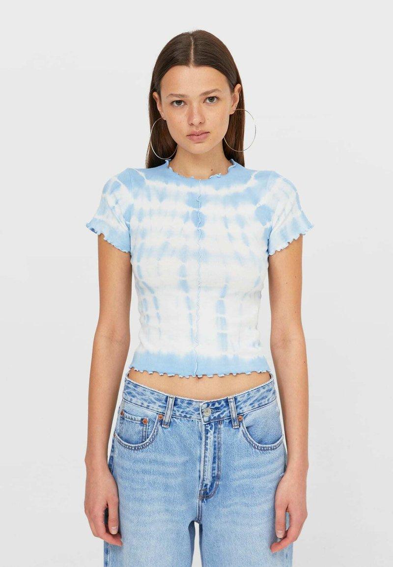Stradivarius - T-shirt z nadrukiem - light blue