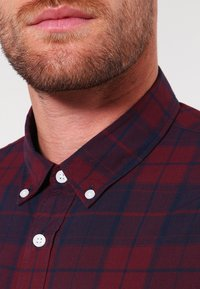 Pier One - Shirt - dark blue/bordeaux - 3