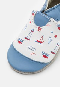 Robeez - BEAUTIFUL BOAT - First shoes - blanc/bleu - 5