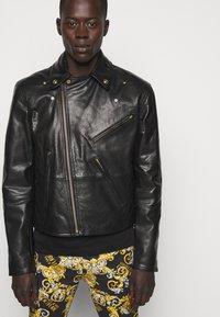 Versace Jeans Couture - Veste en cuir - nero - 3