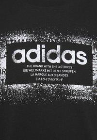 adidas Performance - T-shirt con stampa - black/white - 2