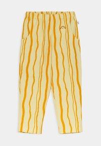 Mainio - SAND WAVE UNISEX - Trousers - straw - 0