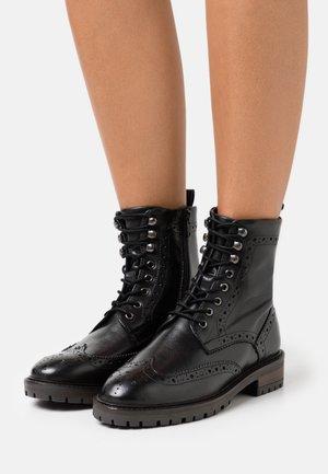 PURELY - Šněrovací kotníkové boty - black