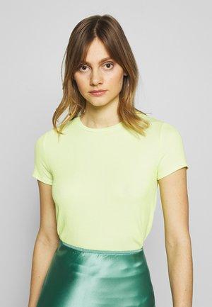 SHORT SLEEVE - Jednoduché triko - sunny lime