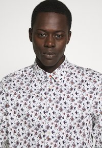 PS Paul Smith - SLIMFIT - Shirt - white