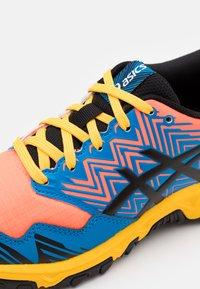 ASICS - GEL-FUJITRABUCO 8 - Trail running shoes - directoire blue/black - 5