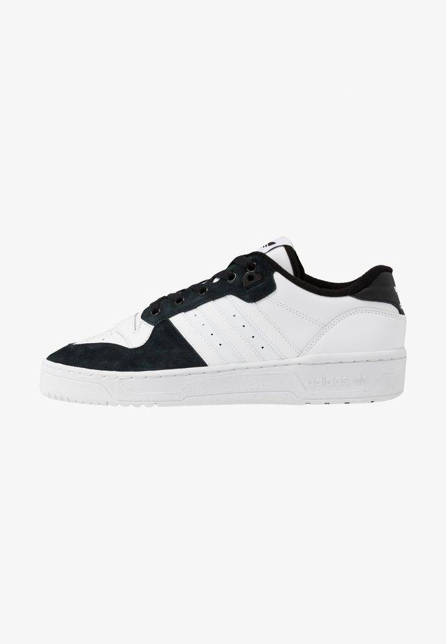 RIVALRY - Sneakers basse - footwear white/core black
