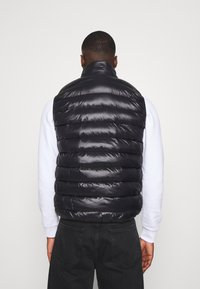 CLOSURE London - QUILTED GILET - Waistcoat - black - 2