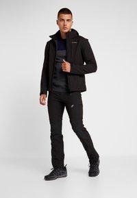 Icepeak - LEONIDAS - Soft shell jacket - black - 1