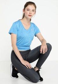 Under Armour - TECH TWIST - Camiseta de deporte - blue circuit / metallic silver - 1