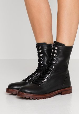 LACE UP MICAH BOOT - Stivaletti stringati - black