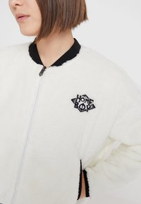 Homeboy - POODLE - Fleece jacket - white - 5