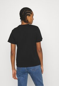 ONLY - ONLTRACY - Print T-shirt - black - 2