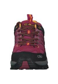 CMP - Hiking shoes - bouganville goji - 6