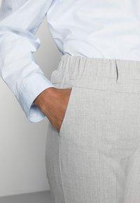 Kaffe - NANCI JILLIAN PANT - Trousers - light grey melange - 4