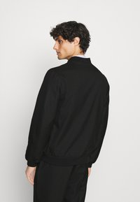 Isaac Dewhirst - LIGHTWEIGHT & DRAWCORD TROUSERS - Pantalon classique - black - 3
