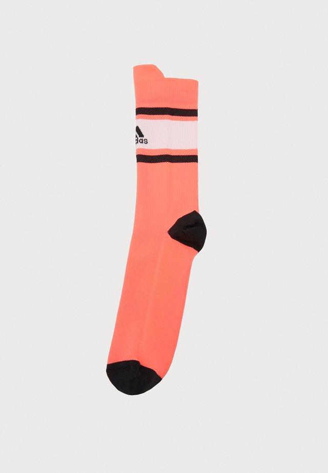 ASK SPORTBLOCK - Sports socks - pink/white/black
