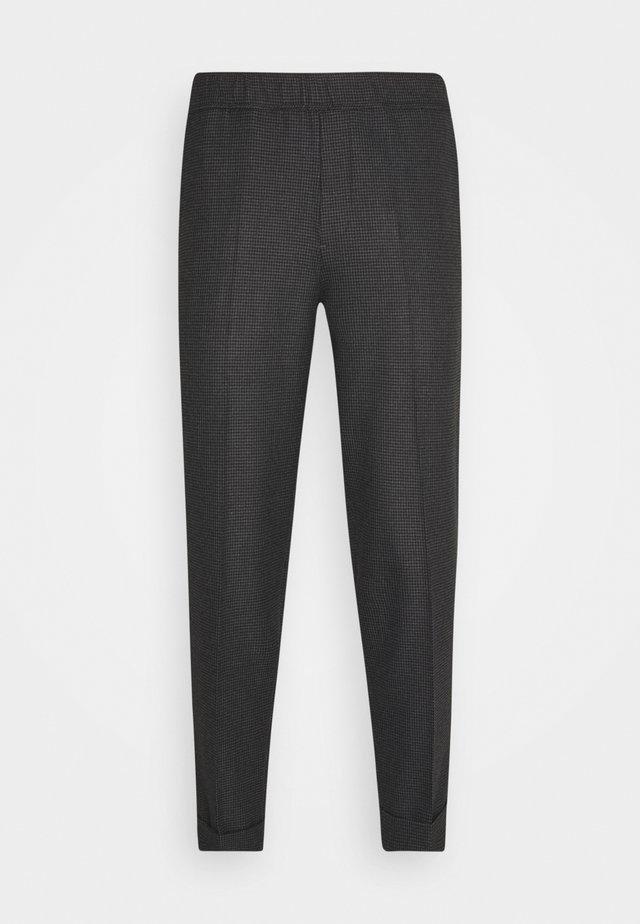 PILOU - Bukse - dark grey melange