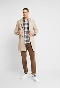 Abercrombie & Fitch - ICON TARTAN PLAID  - Camicia - cream plaid - 1