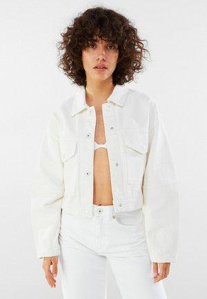 MIT PUFFÄRMELN  - Denim jacket - white