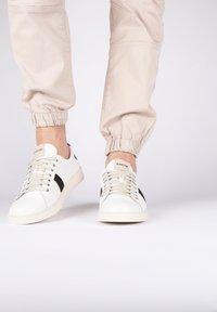 Blackstone - Sneakers - white - 0
