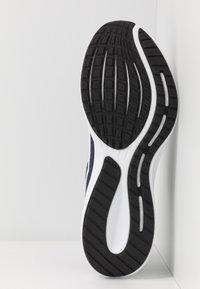 Nike Performance - RUNALLDAY 2 - Neutral running shoes - midnight navy/white/black - 4