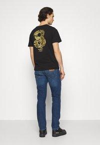 Wrangler - GREENSBORO - Jeans straight leg - hard edge - 2