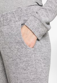 Forever Fit - SOFT TOUCH JOGGER - Tracksuit bottoms - grey - 4