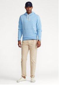 Polo Ralph Lauren - THE CABIN FLEECE - Bluza z kapturem - blue lagoon - 1