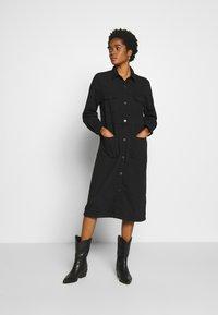 Monki - JAMIE DRESS - Denim dress - black dark - 1
