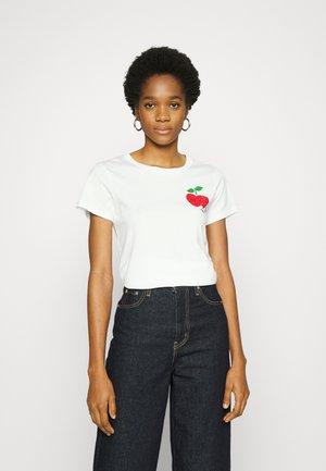CRYSTL APPL TEE - Print T-shirt - fresh white