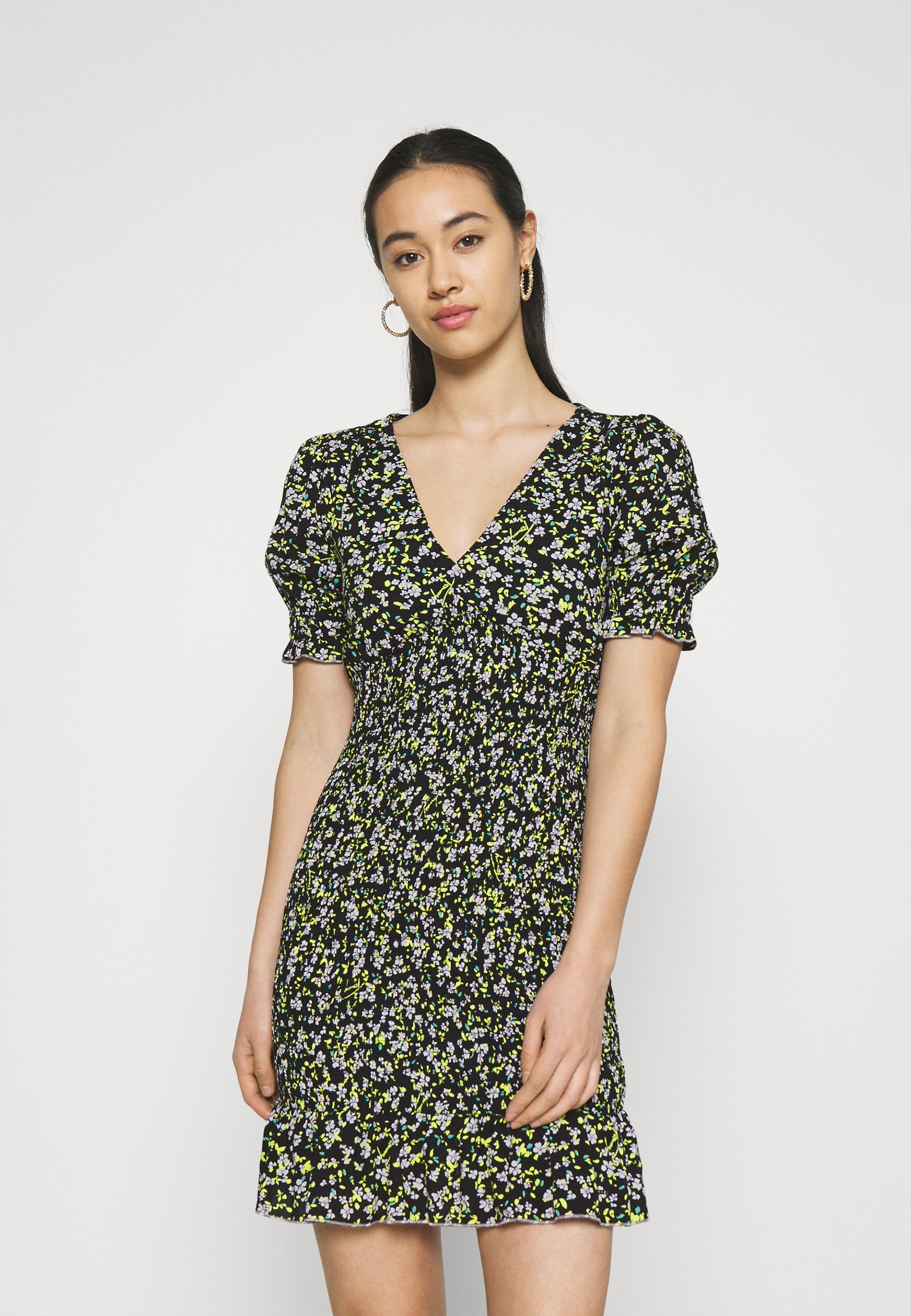 Women SMOCK BODY FLORAL DRESS - Day dress