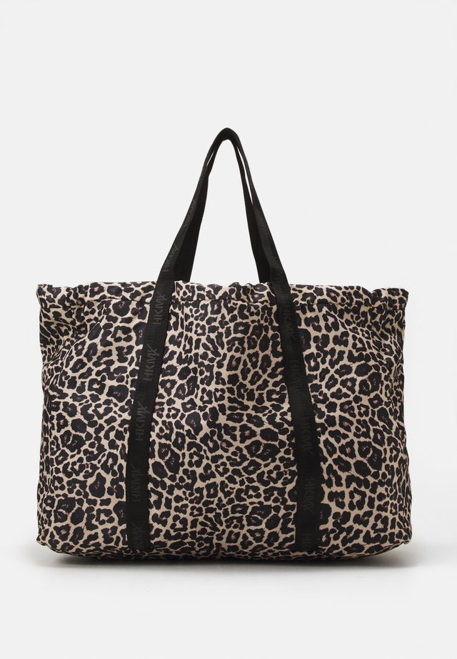 SPORTS BAG LEOPARD - Treningsbag - black