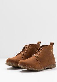 El Naturalista - ANGKOR - Ankle boots - pleasant wood - 4