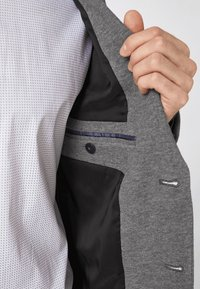 s.Oliver BLACK LABEL - Blazer jacket - light grey - 3