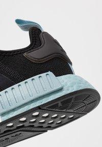 adidas Originals - NMD_R1 - Joggesko - clear black/ash grey - 2