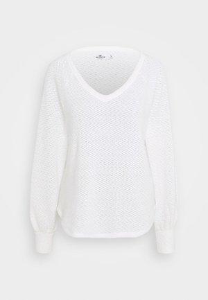 COZY EYELASH EASY - Jumper - white